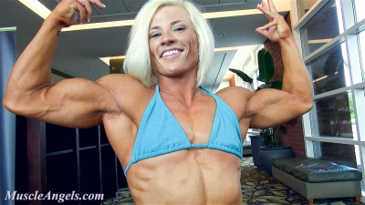 Brooke Walker ~ Physique Perfection