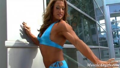 Sarah Hayes beautiful muscle
