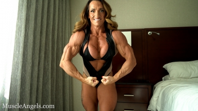 Anne Sheehan Big Ripped Full Body Flex