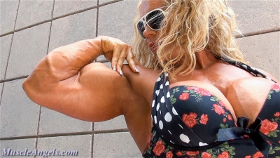 Aleesha Young ~ Maximum Muscle