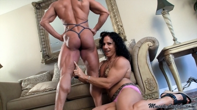 Alina Popa 'Super Muscleworship'