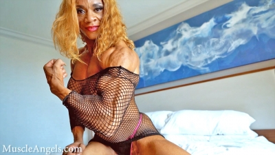 Kim Buck ~ Big & Ripped In Fishnet