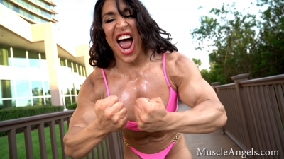 Mona Poursaleh  hardcore most musculars