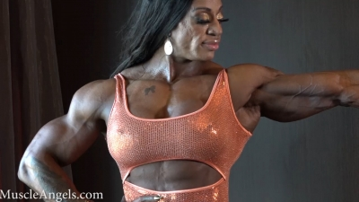 Monique Jones  massive beauty